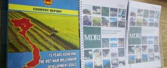 """Báo cáo """"Kết quả 15 năm thực hiện các Mục tiêu phát triển Thiên niên kỷ của Việt Nam"""""""