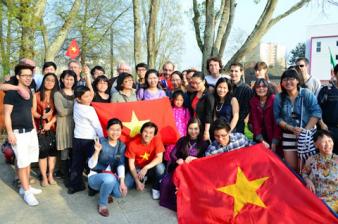 Household panel surveys on international migration and development in Vietnam